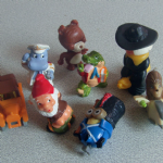Kinder surprise toys random mixture